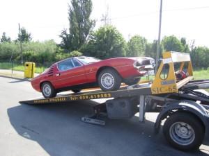 Soccorso stradale a Nonantola H24. Carroattrezzi con Ferrari Rossa a Modena